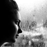 Мелкий дождик стучит в мои окна